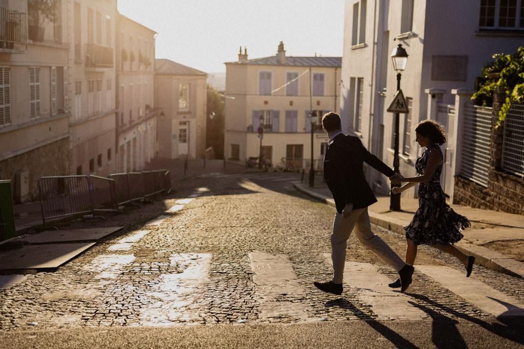 Séance engagement dans les rues de Montmartre