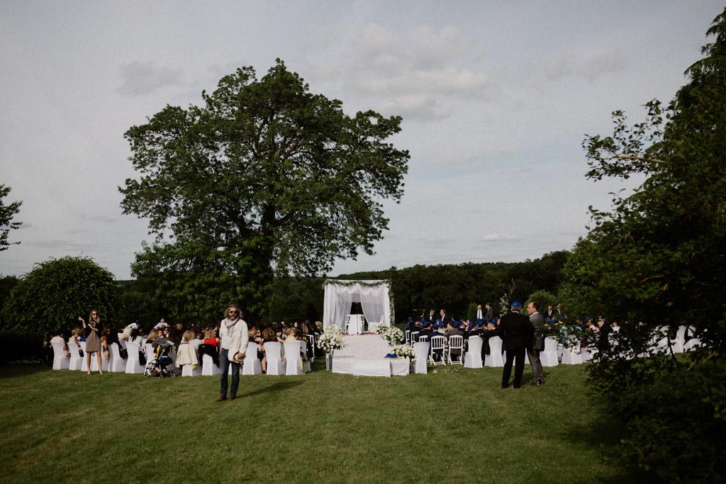 comment organiser sa cérémonie de mariage juif en extérieur ?