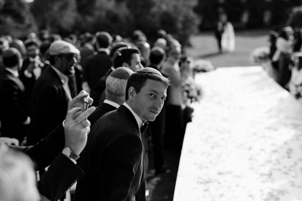 L'arrivée de la mariée est attendue avec impatience ! - Lika Banshoya Poetic Photography