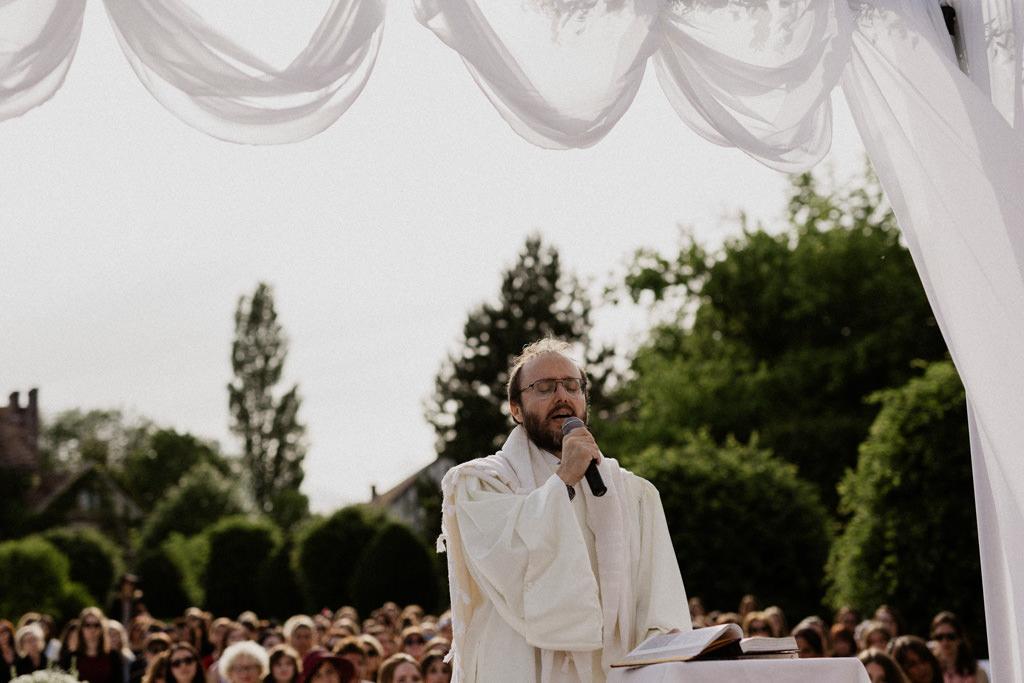 Le rabbin sous la houppa de mariage au Manoir des Prévanches
