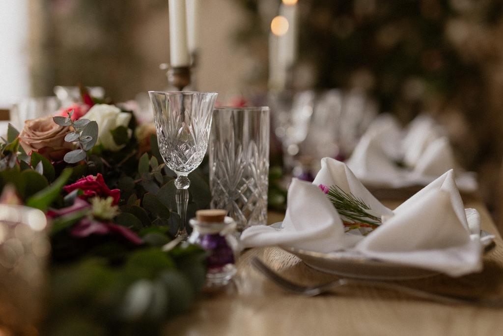La décoration de table du mariage d'hiver au Château d'Alphéran