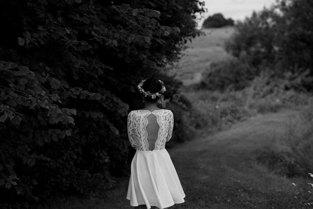 Le dos nu de la robe de mariée Claudie Pierlot